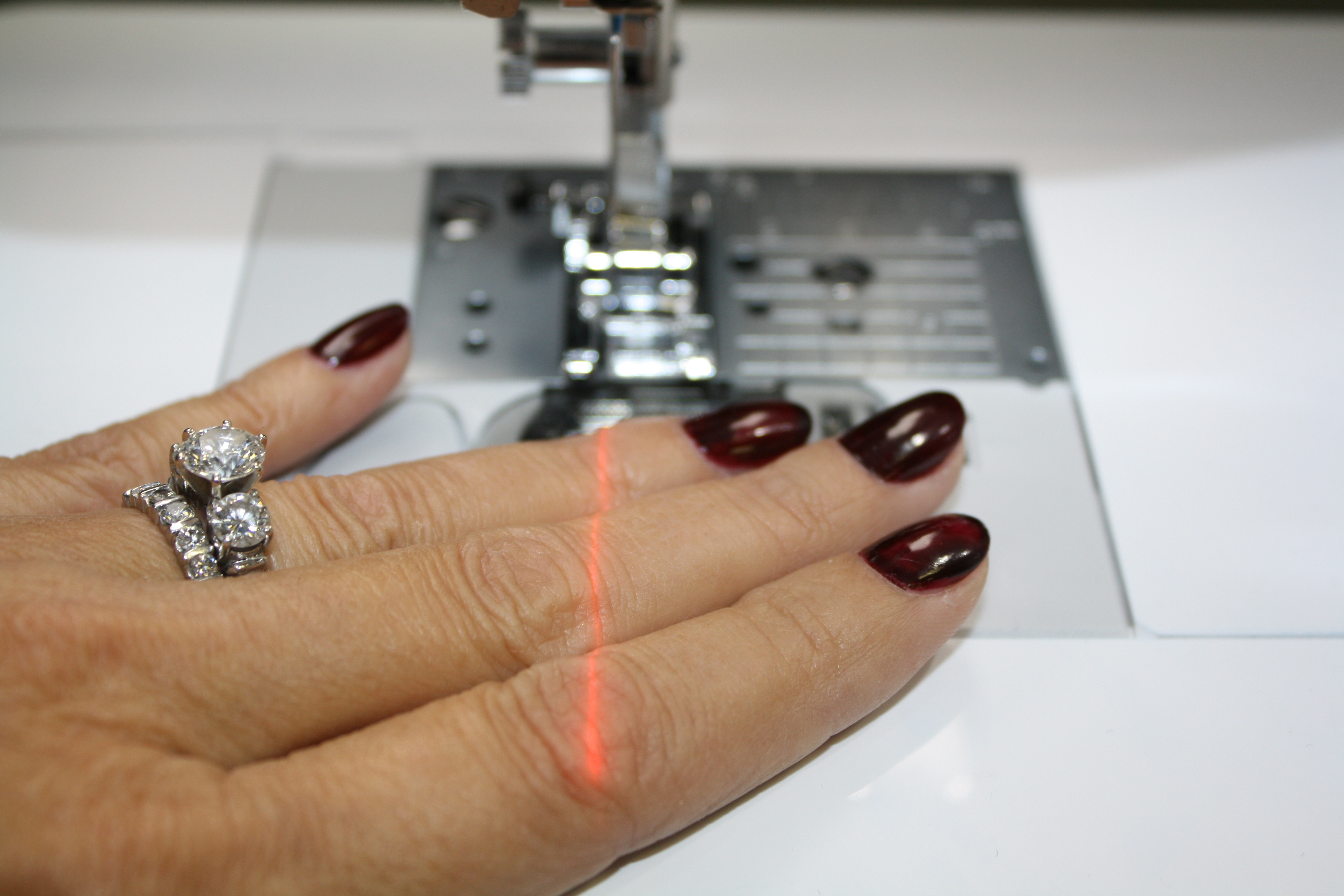 laser light for sewing machine