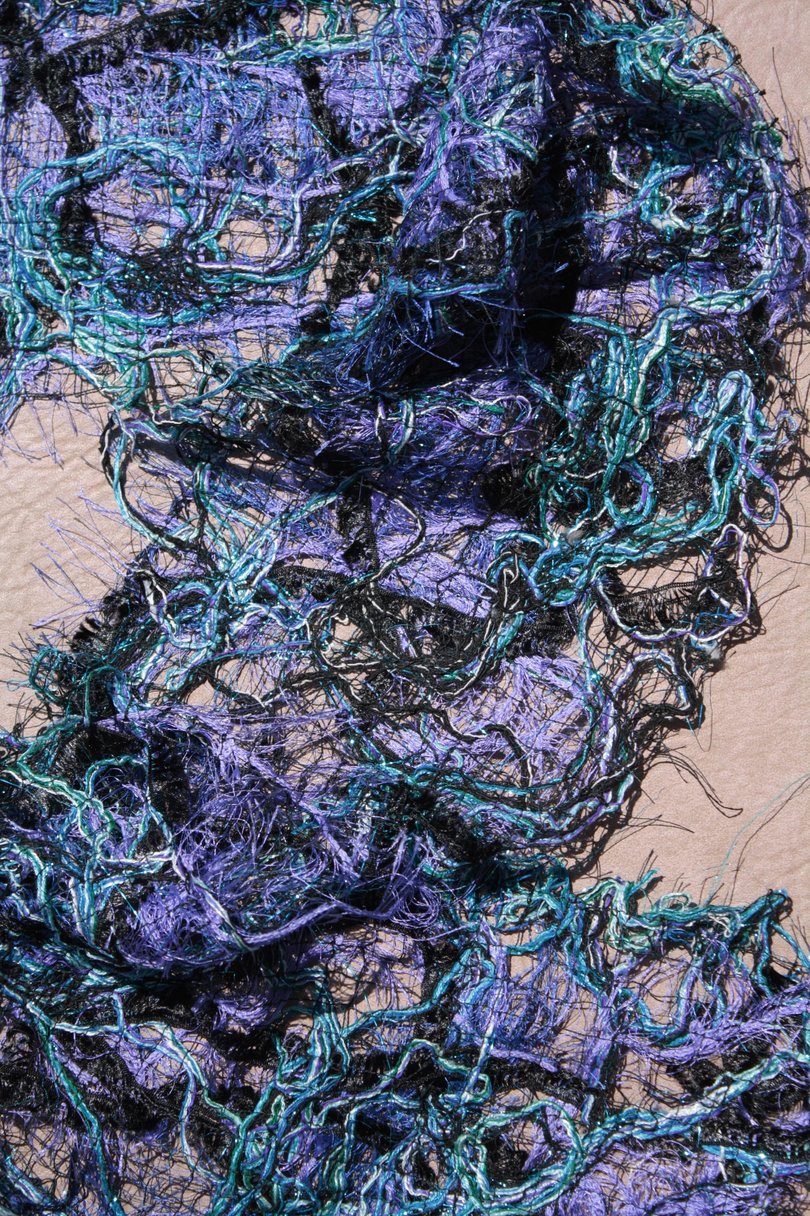 Angela Wolf fabricate lace yarn3