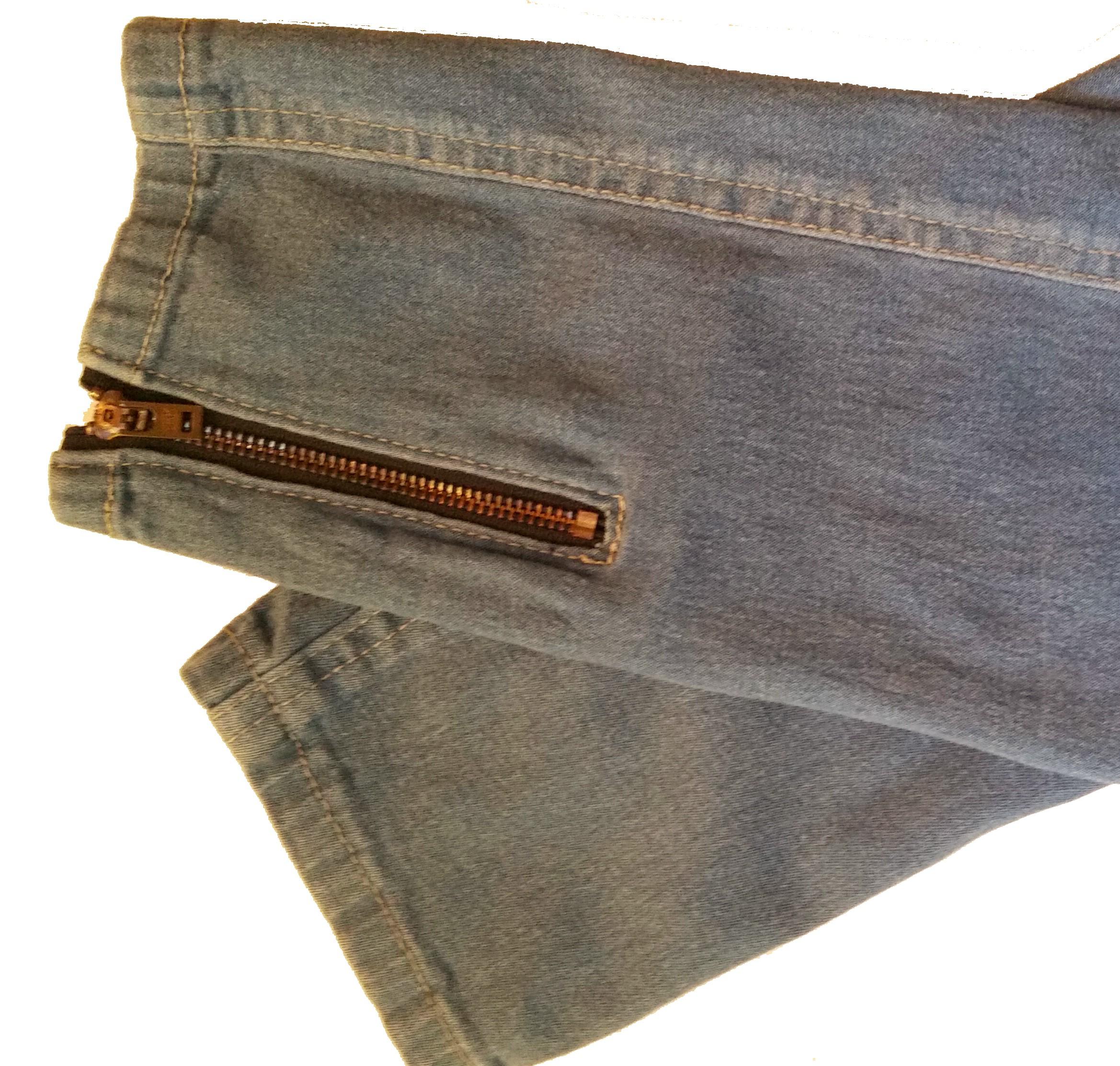 exposed zipe