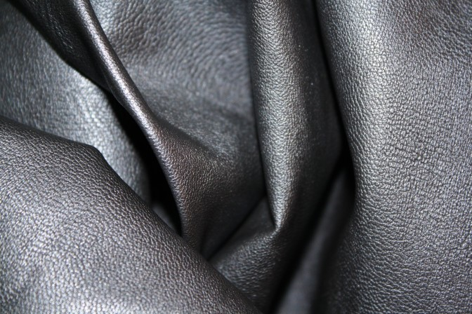 TIPS ON HOW TO SEW FAUX LEATHER!
